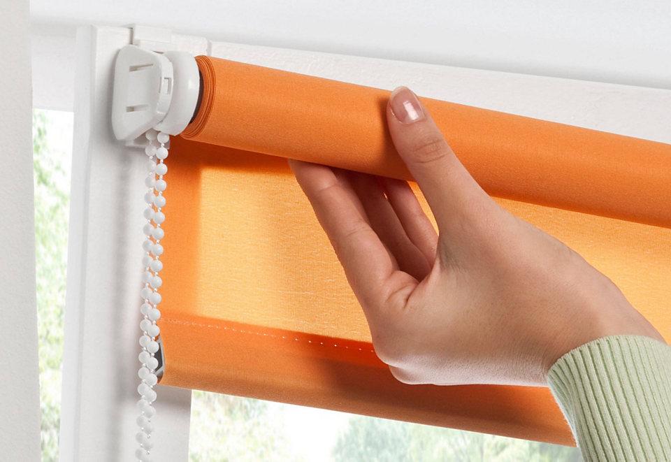 Крепление рулонной конструкции на пластиковом окне