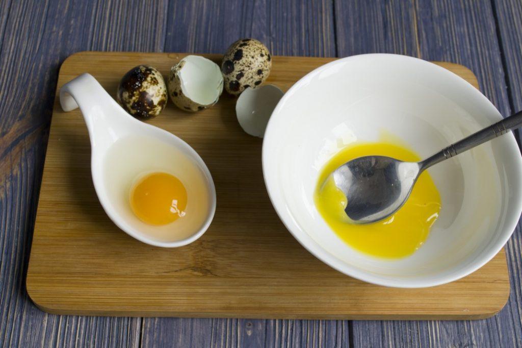 Приготовление домашнего майонеза на перепелиных яйцах