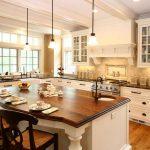Фото 43: Светлая кухня