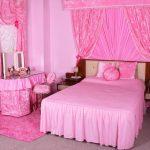Фото 63: Розовые тона в интерьере спальни