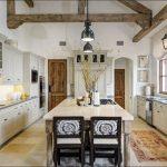 Фото 25: Интерьер кухни в стиле кантри