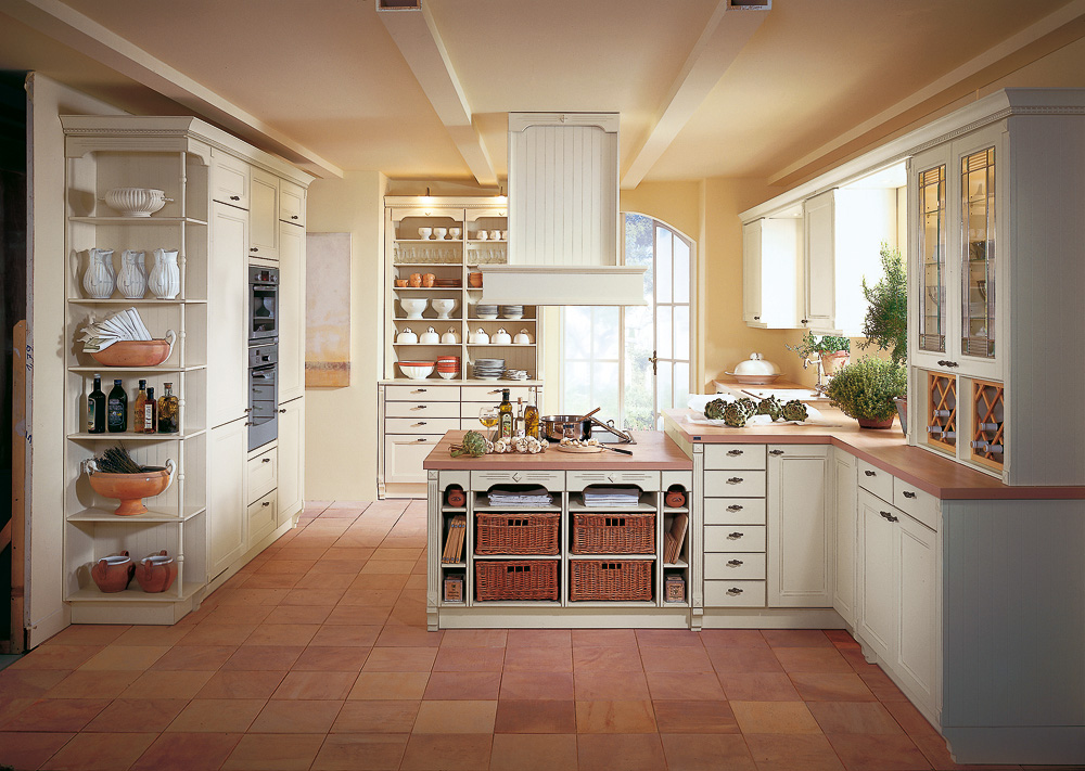 Белая мебель для кухни в стиле кантри