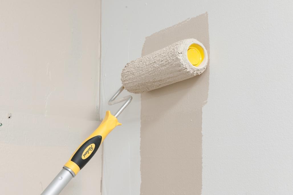 Водоэмульсионная покраска стен