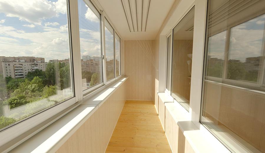 Внутренняя отделка балкона пластиком