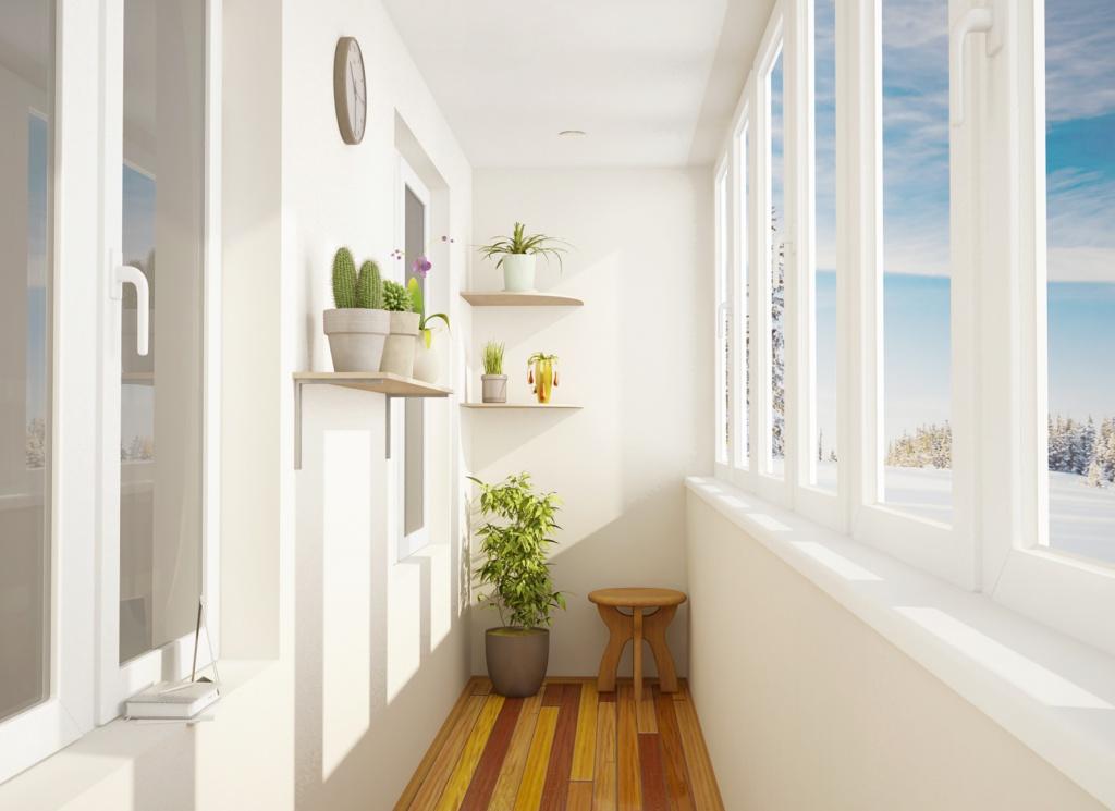 Белоснежное оформление балкона внутри