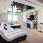 Фото 37: Натяжной потолок в гостиной