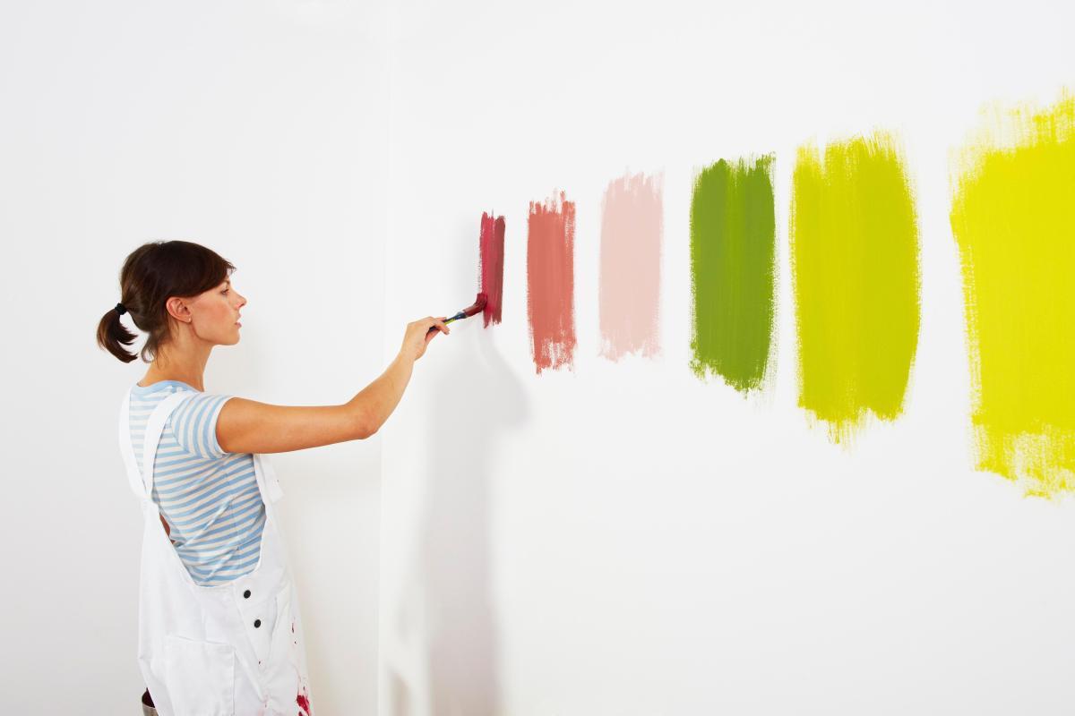 Подбираем цвет краски для интерьера комнаты
