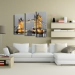 Фото 47: Фото постер города на стене в гостиной