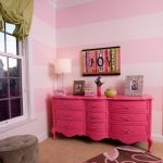 Фото 55: Розовый комод для спальни