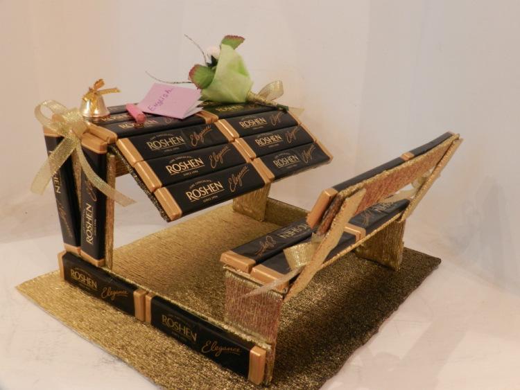 Парта из шоколада - идея для подарка на 1 сентября