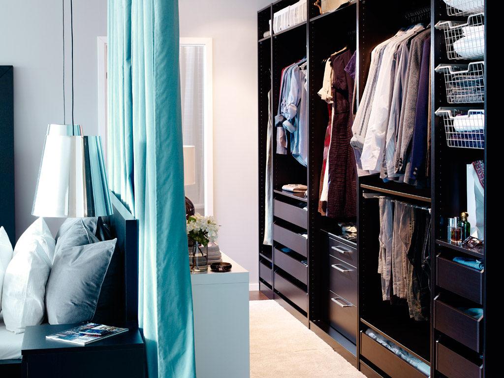 Как отделить гардеробную