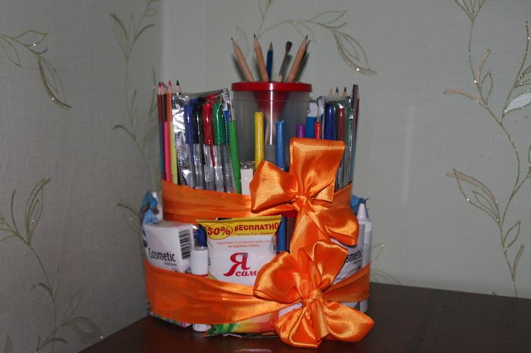 Полезный подарок для учителя на первое сентября