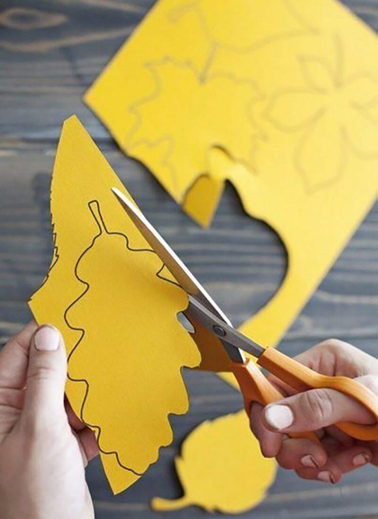 Осенний листочек из бумаги