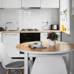 Фото 47: Интерьер монохромной кухни