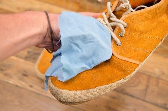 Как удалить соляные пятна с обуви фото