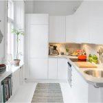 Фото 48: Кухня в белых тонах