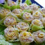 Фото 108: Розы из сыра и колбаски