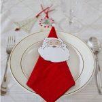 Фото 92: Салфетка в виде Деда Мороза