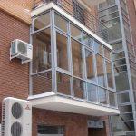 Фото 39: Остеклённый балкон