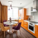 Фото 31: Кухни с шторами