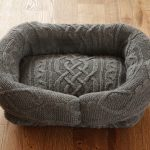 Фото 7: Лежанка из свитера
