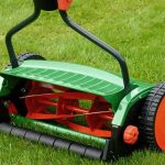 Фото 30: Ручная косилка для травы