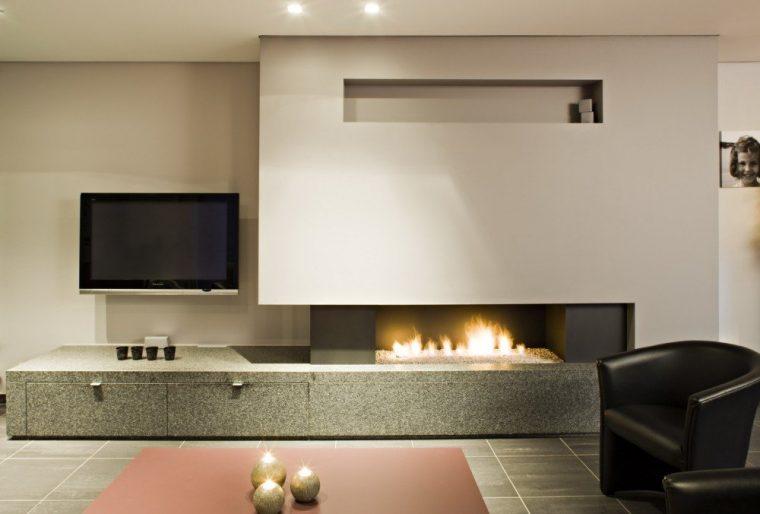 Оформление интерьера квартиры с электрическим камином — советы дизайнеров